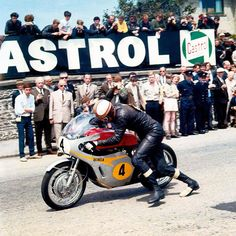 Mike Hailwood, Honda RC181, 1967 Isle of Man Senior TT