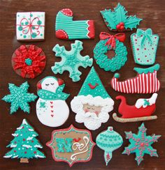 Red & Aqua Christmas Cookies - by Dulce Sentimiento