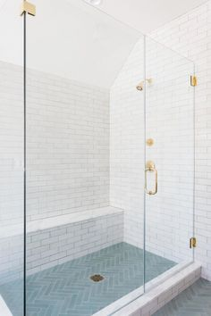 Tips, techniques, also guide in pursuance of receiving the greatest result and also creating the max utilization of Small Bathroom Renovation Ideas Shower Remodel, Shower Tile, Bathroom Interior Design, Modern Bathroom Design, Bathroom Makeover, Bathroom Renovations, Luxury Bathroom, Shower Floor, Bathrooms Remodel