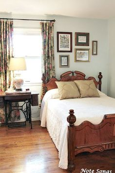 Note Songs: Guest Bedroom - Great Home Decorations Bedroom Vintage, Cozy Bedroom, Bedroom Decor, Guest Bedrooms, Beautiful Bedrooms, Cozy House, Bedroom Furniture, Decoration, Southern Style