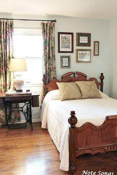 Note Songs: Guest Bedroom - Great Home Decorations Furniture, Guest Bedrooms, Home, Bedroom Makeover, Home Bedroom, Cozy House, Bedroom Inspirations, Guest Bedroom, Bedroom Vintage