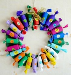 Fun Christmas Crafts With 50 Great Homemade Advent Calendars Ideas Homemade Christmas crafts Homemade Christmas Crafts, Christmas Projects, Kids Christmas, Holiday Crafts, Christmas Glitter, Homemade Crafts, Thanksgiving Crafts, Family Holiday, Christmas Tables