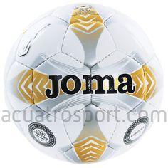 Balón de futbol sala Joma modelo Egeo en colores blanco y dorado.   Cámara de butilo para una mayor retención de la forma.   Gran consistencia y excelente toque.   Cubierta de TPU que aumenta su resistencia.   Diseño tradicional de 32 paneles.   Cosido a mano.   Talla 4   /   Circunferencia: 63.5 - 66 cms   /   Peso: 360 - 380 grs.