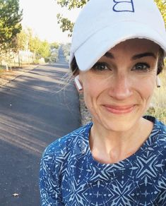 The Best Running Music + My 5 Favorite Playlists (A Foodie Stays Fit) Pop Workouts, One Song Workouts, Workout Songs, Running Workouts, Running Tips, How To Run Faster, How To Run Longer, My Love Lyrics, Pop Playlist