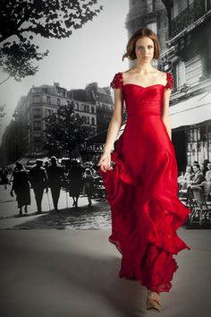 Reem Acra Resort 2012 Cap Sleeve Gown Profile Photo
