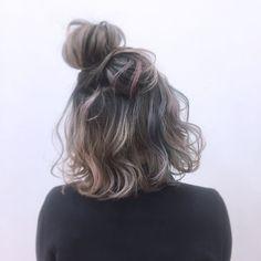Pin by 雨 on 髪型 in 2019 My Hairstyle, Messy Hairstyles, Pretty Hairstyles, Medium Hair Styles, Curly Hair Styles, Natural Hair Styles, Hair Arrange, Corte Y Color, Cool Hair Color