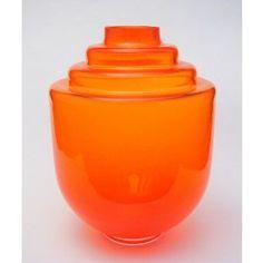 Oranjevaasje ontworpen door Floris Meydam tgv de geboorte prinses Ariane. Het vaasje is uitgebracht door het Nationaal Glasmuseum Leerdam in een oplage van 1000 stuks.