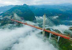 Antes de que terminara 2016, se inauguró en China el puente más alto del planeta, con 565 metros de ... - Autorizado por el propietario del copyright