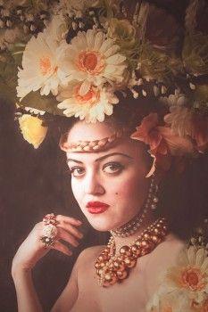 Olga Valeska es una fotógarfa autodidacta que tiene al autorretrato.