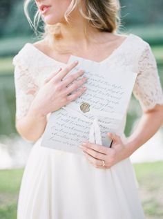 Rustic Countryside Bridal Session | Wedding Sparrow