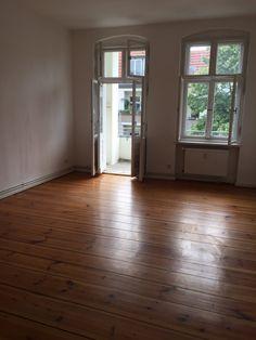 saniert 1 Zimmer mit seperaten Ankleide- oder Bürobereich und Südbalkon