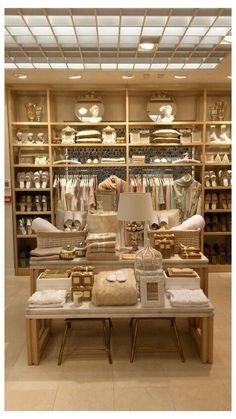 Boutique Interior, Boutique Deco, Shop Interior Design, Design Shop, Interior Ideas, Design Blogs, Design Ideas, Propaganda Visual, Pinterest Color