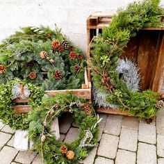 Floral Wreath, Diy Projects, Wreaths, Home Decor, Floral Crown, Decoration Home, Door Wreaths, Room Decor, Handyman Projects