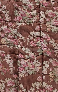 From: Uploaded by user, no url Chocolate Roses, Irish Cottage, American Quilt, Pretty Bedroom, Shabby Chic Bedrooms, Linens And Lace, Colour Board, Pink Love, Color Rosa