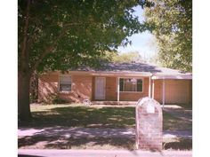 816 PERRY DRIVE, WHITE SETTLEMENT, TX 76108