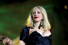 HQ Definition Wallpaper Desktop courtney love picture (Hanson Allford 2048x1365)