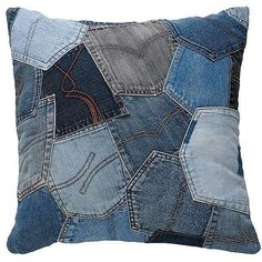 Most up-to-date Absolutely Free 50 cushion covers made of jeans -DIY cushion covers made from recycled materials Tips I love Jeans ! And a lot more I like to sew my own Jeans. Next Jeans Sew Along I'm likely to rev Patchwork Cushion, Patchwork Jeans, Denim Quilts, Jean Crafts, Denim Crafts, Artisanats Denim, Denim Purse, Jean Diy, Diy Cushion Covers