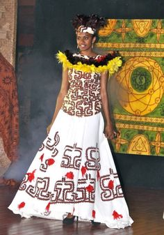 A stunning Papua New Guinea dress with traditional designs. #PapuaNewGuinea