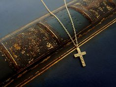 Order Collection - Pendant - 028