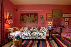 Looking for small living room ideas? The best small living room designs from the House & Garden archive. Small Living Room Design, Small Living Rooms, Living Room Sofa, Living Room Designs, Modern Living, Dining Room, Amber Interiors, Pink Room, Furniture Styles