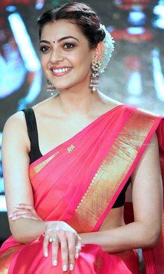 Kajal Agrawal Beautiful Bollywood Actress, Most Beautiful Indian Actress, Sonam Kapoor, Deepika Padukone, Beauty Full Girl, Beauty Women, Kajal Agarwal Saree, Saree Poses, Saree Photoshoot