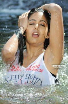 Bollywood Actress Hot, Bollywood Girls, South Indian Actress Hot, Beautiful Indian Actress, Beautiful Curves, Beautiful Women, Indian Armpit, Dark Armpits, Pit Girls