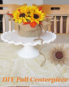Great Idea 40+ Best Easy DIY Fall Home Decor Ideas For Beautiful Your Home https://decoredo.com/11712-40-best-easy-diy-fall-home-decor-ideas-for-beautiful-your-home/