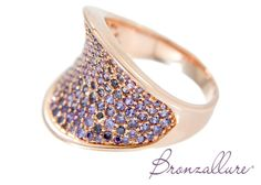 Rings : Concave ring with Cubic Zirconia pavé