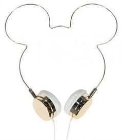 These headphones are cute! accessories iphone We Love These Mickey Mouse Minimalist Headphones Disney Mode, Disney Collection, Cute Headphones, Accessoires Iphone, Things To Buy, Stuff To Buy, Disney Outfits, Disney Clothes, Cool Gadgets