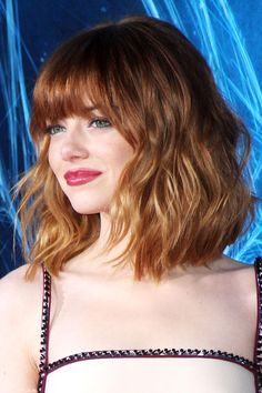8 spring looks you should steal for yourself! I want this hair! bangs and a lob, beachy wavy, emma stone