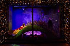 Harrods London Snow White by Oscar de la Renta. Courtesy of Harrods Disney Princess Snow White, Disney Princess Dresses, Disney Princesses, Princess Gowns, Princess Fashion, Disney Characters, Harrods Christmas, Disney Christmas, London Christmas
