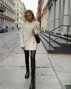 Find tips and tricks, amazing ideas for Apparel design. Discover and try out new things about Apparel design site Adrette Outfits, Casual Fall Outfits, Winter Fashion Outfits, Fall Winter Outfits, Look Fashion, Autumn Winter Fashion, Trendy Outfits, Womens Fashion, Daily Fashion