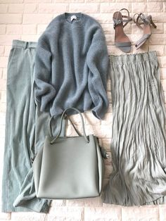 Kpop Fashion Outfits, Chic Outfits, Womens Fashion, Korea Fashion, China Fashion, Hijab Fashion Inspiration, Everyday Outfits, Glamour, Winter Fashion