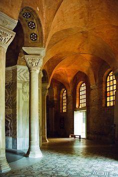 the ambulatory - in San Vitale, Ravenna - Italy 6th century (photo by netNicholls)