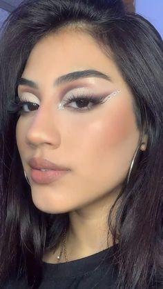 Dope Makeup, Baddie Makeup, Makeup Eye Looks, Creative Makeup Looks, Eye Makeup Art, Makeup For Brown Eyes, Simple Makeup, Skin Makeup, Natural Makeup