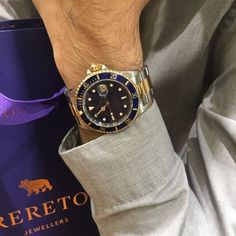 This little gem just arrived to our O'Connell street store, 18ct yellow gold and stainless steel submariner with blue dial and bezel stock reference h0241r €8500 #rolex #submariner #meanswear #wristbling #18ctyellowgold #stainlesssteel #specialbirthday #wishlist #dailywatch #preowned #brereton #oconnellstreet