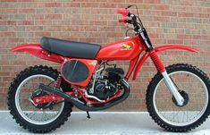 Honda Dirt Bike, Dirt Biking, Vintage Motocross, Vintage Motorcycles, Mx Bikes, Honda Motors, Japanese Motorcycle, Classic Bikes, Sidecar