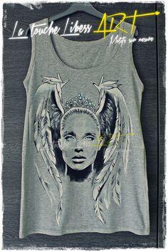 #Angel #Débardeur gris #peintàlamain # wings #ailes