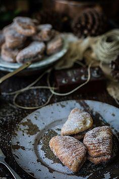 Borrachuelos malagueños. Pestiños dulces caseros