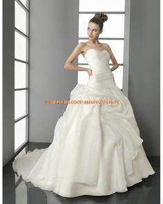 Unique romantische Brautkleider Ballkleider mit langer Schleppe 2013