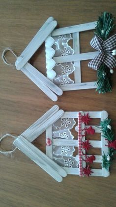 christmas crafts with popsicle sticks 26 ideas craft popsicle stick christmas ornament Christmas Ornament Crafts, Christmas Crafts For Kids, Homemade Christmas, Christmas Projects, Kids Christmas, Holiday Crafts, Christmas Decorations, Spring Crafts, Christmas Glitter