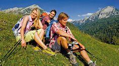 Wandern im #SalzburgerLand und die Schönheit der #Wagrainer Bergwelt entdecken Nordic Walking, Couple Photos, Couples, Mountain Climbing, Bicycling, Explore, Alps, Hiking, Couple Shots