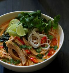 my bare cupboard: Spicy and sour chicken noodle soup