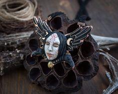 Raven Art, Unique Necklaces, Doll Face, Jewelry Art, Cuff Bracelets, Polymer Clay, Pendants, Rococo, Ravens