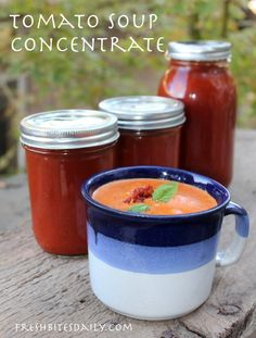 Homemade tomato soup concentrate — Your solution to canned tomato soup Homemade tomato soup concentrate — Your solution to canned tomato soup Canning Tomato Soup, Tomato Soup Recipes, Canning Tomatoes, Tomato Canning Recipes, Spinach Recipes, Healthy Canned Soups, Healthy Soup, Canned Foods, Gastronomia