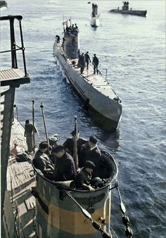 German U- Boot  http://www.vantiques.nl