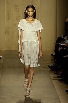 4. Donna Karan Spring 2007 Resembles an Etruscan tebenna worn back-to-front.