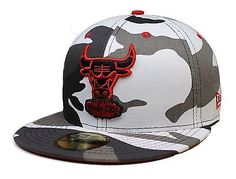 Adult NBA New Era Chicago Bulls 59Fifty Camo Pop Redux Fitted Hat Size 7-3/8