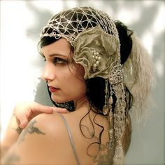 Gorgeous head drape. Repinned from Sharon M