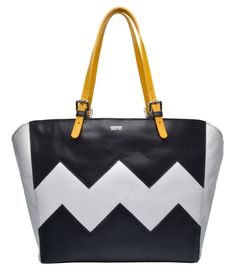 """""""Go bold this season with this elegant tribal inspired DINKA bag that will surely impress all fashion lovers! Tote Bags Online, White Tote Bag, Vegetable Tanned Leather, All Fashion, Leather Bag, Black And White, Lovers, Stuff To Buy, Inspired"""